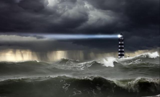 faro-nella-tempesta